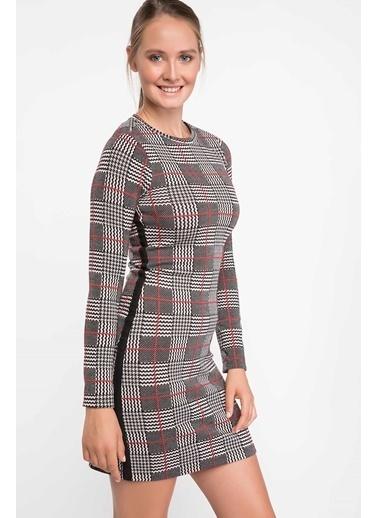 DeFacto Ekose Desenli Slim Fit Elbise Gri